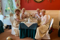 2-pride-and-prejudice-dames-tea-time-echten